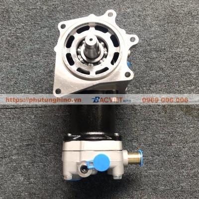 Bơm hơi HINO 700 P11C