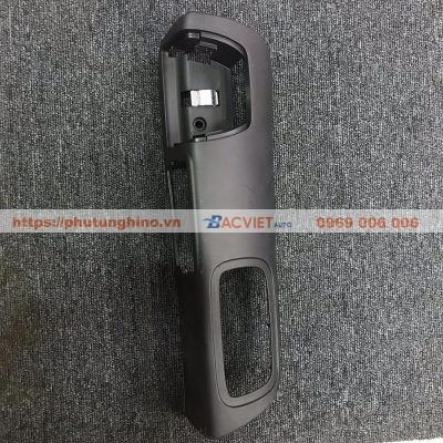 Giá công tắc kính và gạt tàn HINO 500